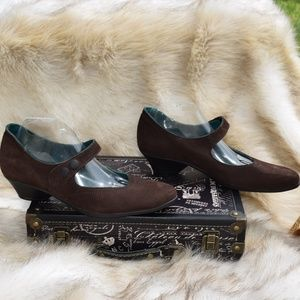 ARCHE LN Made in France Brown Suede Mary Jane 41